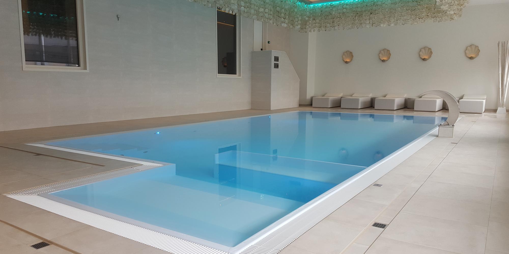 Veltmann Custom Schwimmbecken daher für Hotels