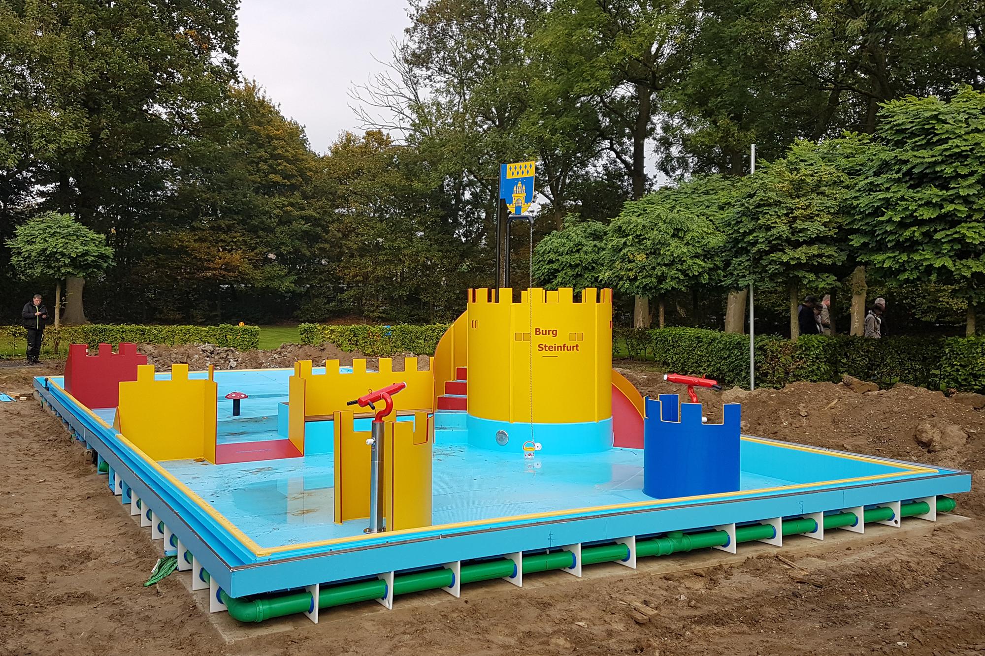 Vielmehr Attraktionen bietet das neue Kinderplanschbecken von Veltmann-Pools.