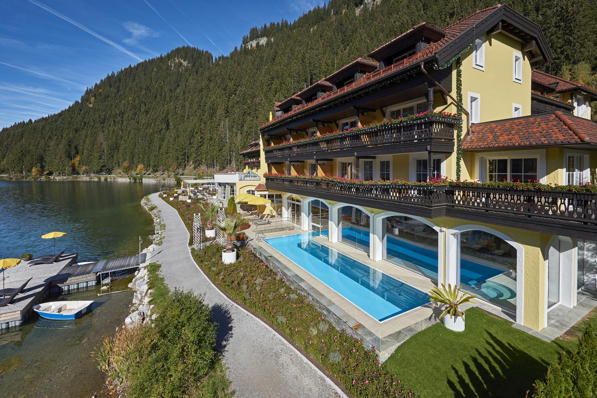 XXL Schwimmbecken für Hotelanlagen