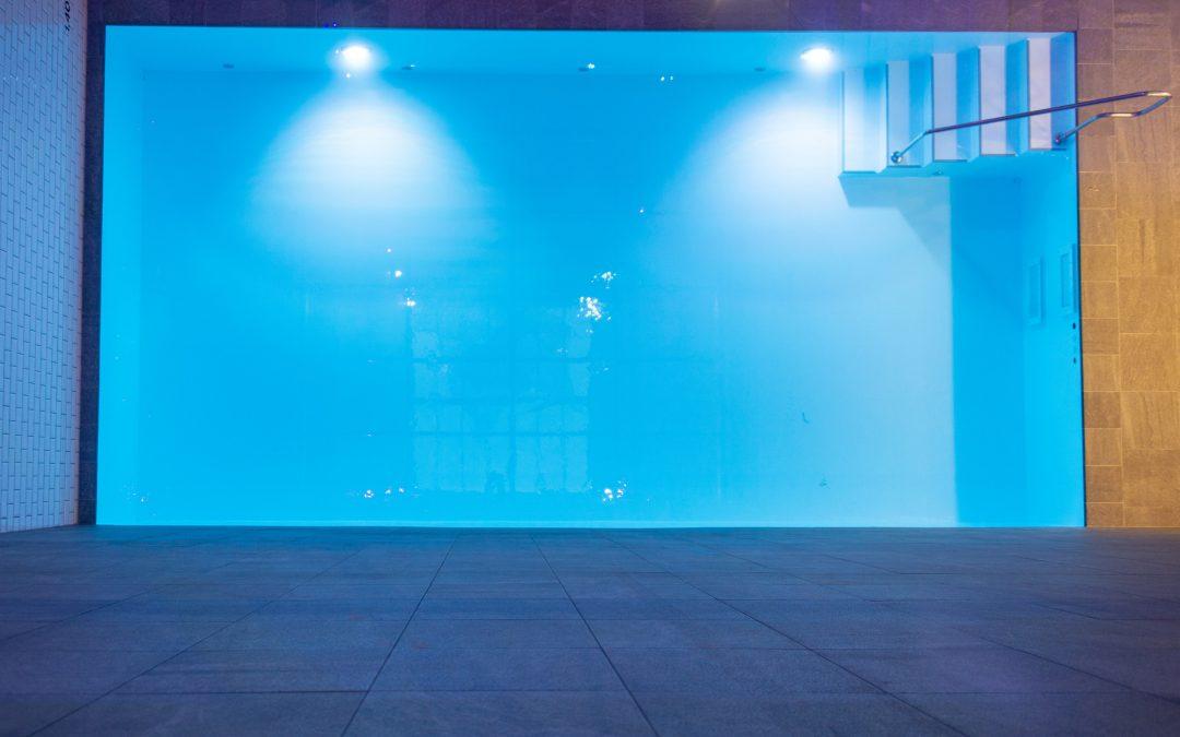 Lieferung und Einbau Hotel Schwimmbecken